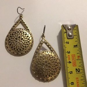 Lucky Brand Gold Dangling Earrings